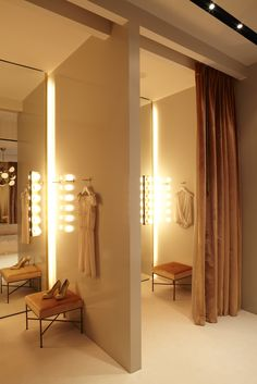 Dressing Rooms at HONOR Store LOveiiitt!!!