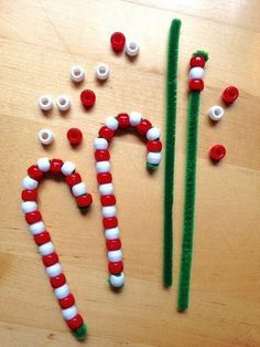 Candy cane craft - made from just pipe cleaners and beads!
