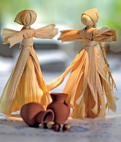 recycling ideas: make a doll out of corn leaves. | make handmade, crochet, craft