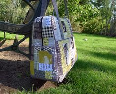 this is an EXCELLENT tutorial on quilt as you go with tips for prepping for bags such as this weekender