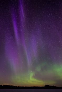 Aurora Borealis & PanSTARRS - Savonlinna, Eastern Finland Carpe Noctem, Skylights, Dark Skies, Natural Phenomena, What A Wonderful World, Planet Earth, Night Skies, Night Time, Wonders Of The World