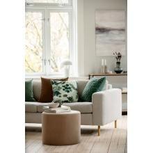 Vårens nyheter er i butikk! Friske farger, lekre mønster og trendy farger 😍 #kremmerhuset #interiør #nyheter #vår2021 #husoghjem #hjem #stue #inspirasjon #interior Sofa, Couch, Furniture, Home Decor, Settee, Settee, Decoration Home, Room Decor, Home Furnishings