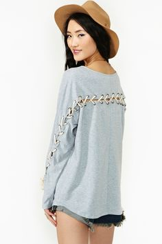 Lace Case Tee in Gray