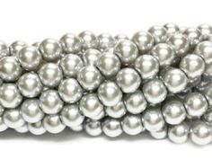 Silver 6mm glass beads, 6mm glass pearls, 6mm faux pearls, silver pearls, 6mm pearls, glass pearls, jewellery supplies, jewelry supply, 332a by vickysjewelrysupply. Explore more products on http://vickysjewelrysupply.etsy.com