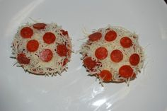 After School Snack Bagel Mini Pizzas! Fun for Mom to make with their young one.