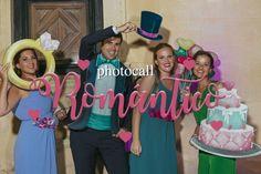 Photocall romántico fandi para bodas amorosas y divertidas Photo Booth Props, Wedding, Dresses, Party Ideas, Fashion, World, Diy Photo Booth, Marcos Para Fiestas, Romantic Moments