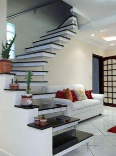 A s&m escadas e uma empresa comprometida com sua satisfaçao temos escadas apartir de R$ 660.00 reais facilitamos em ate 4x sendo 1+3 no cheque e nos cartoes de credito