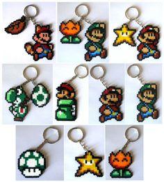 Keyrings, Broochs, magnets, Big sprites...from Super Mario Bros saga/Llaveros, imanes, broches, Big sprites... #videogames #videojuegos #gamer #freak #geek #friki #nintendo: