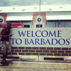Welcome to Barbados. This island is super beautiful. The weather, the beaches, the food. Caribbean Culture, Caribbean Food, Beautiful Islands, Beautiful Beaches, Visit Barbados, Bridgetown Barbados, Moving To The Uk, Little Island, Lineage