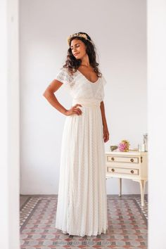 b36cc232ebce Plus size wedding gowns for mature brides