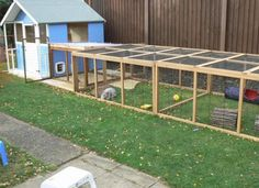 garden care view All sorts of rabbit housing idea for you to view. Great ideas, lots of fun and ways to make your bunnies housing an attractive feature in the garden/home as well as a fantastic environment for. Large Rabbit Run, Rabbit Hutch And Run, Rabbit Shed, Rabbit Hutch Plans, Large Rabbits, Bunny Hutch, House Rabbit, Rabbit Hutches, Pet Rabbit