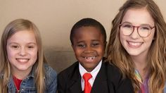 """Kid President continues his quest to make this an for everybody in the world by singing you a song. Joining him are the amazingly talented Lennon and Maisy from ABC's hit drama Nashville. Song: """"I Would Still Love You"""" Kid President Videos, Inspirational Videos For Students, Classroom Community, Brain Breaks, Reasons To Smile, Soul Music, Love Songs, Make Me Smile, Laughter"""