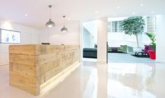 Office Principles recently completed refurbishing the reception area and central breakout zone for the London office of global ad agency McCann Erickson.
