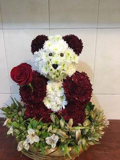 Hermosos arreglos florales y corazones de rosas - Yaakun Flores