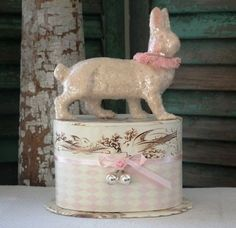 DEE-FOUST-Papier-Mache-HUNTER-HARE-Double-CANDY-CONTAINER-Retired-NWT