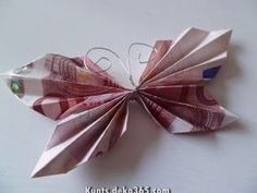 Beautiful butterfly folding money hobby for guys for men ideas for men projects for women lobby decor lobby diy lobby farmhouse lobby store products lobby wall art that make money to try hobby room Arts And Crafts Projects, Diy And Crafts, Crafts For Kids, Craft Gifts, Diy Gifts, Don D'argent, Fabric Crafts, Paper Crafts, Color Crafts