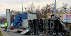 Nehoda kamionu uzavřela Karlovarskou třídu