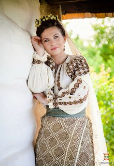 Romanian Wedding, Traditional Wedding, Sari, Costume, Bride, Wedding Dresses, Instagram, Floral, Skirts