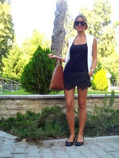 FashionFromSmyrna: Designer Fashion Metal Arm Modern Sunglasses 8690
