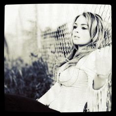 5- Lindsay Lohan ,instagram #lindsaylohan  http://instagram.com/p/QucQE/