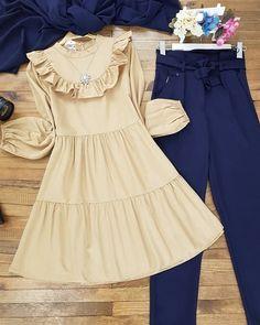 Modest Fashion Hijab, Muslim Fashion, Women's Fashion Dresses, Girls Dresses Sewing, Stylish Dresses For Girls, Fancy Dress Design, Stylish Dress Designs, Iranian Women Fashion, Sleeves Designs For Dresses