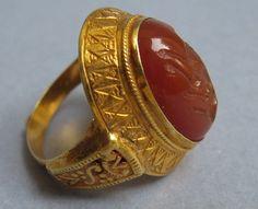 Seljuk gold carnelian intaglio ring