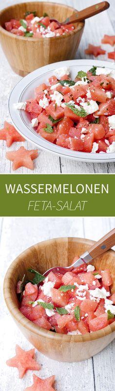 Schneller Wassermelonen-Feta-Salat mit Minze und Basilikum - ein erfrischender und gesunder Sommersalat - Gaumenfreundin Foodblog #gesunderezepte #salatrezepte #sommersalat #sommerrezepte #wassermelonen #wassermelonensalat #vegetarischerezepte #wmrezepte