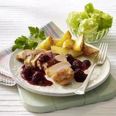 Rezepte für Geflügel für Huhn, Gans und Ente kommen regelmäßig auf den Tisch. Doch haben Sie auch schon Rezepte für Straußenfleisch oder Tauben zu kochen probiert?