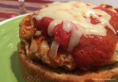 Open-Faced Pizza Sandwiches-Weight Watcher friendly.  Ingredients: 1 lb. 99% lean ground turkey  1/2 c. Italian seasoned breadcrumbs  1/2 c. green pepper diced  1/2 c. finely chopped onion1 garlic clove, minced  1 egg white  3/4 c. pizza sauce  1/2 c. shredded part-skim mozzarella cheese  8 slices garlic Texas toast (I used New York Whole Grain)  Go here for full recipe: http://www.mealplanningmommies.com/open-faced-pizza-sandwiches-8-smart-points/