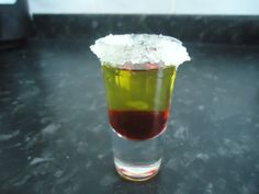 Eierlikör Ostern Glasflasche Hase 0,2 L Likörflasche Guter Geschmack Osterhase Leerflasche