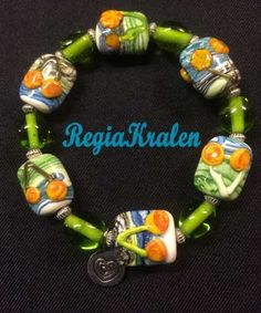 Prachtige armband in vrolijke kleuren <3 op verzoek van een lieve cliënt gemaakt!!! <3