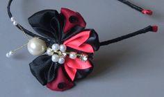 Tiara com Borboleta de fita e pérolas - Butterfly ribbon,