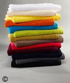 3er Pack Frottee-Handtücher   Dieses Set enthält drei Frottee-Handtücher in 50 x 100 cm, jeweils in der gleichen Farbe.  Sie können aus bunten modischen Farben wie z.B. Kiwi, Himbeere oder Löwenzahn auswählen.