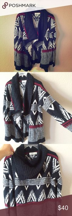 A&F open front cardigan Trendy knit flyaway cardigan.  XS, but can fit larger.  Tag does not state price. Abercrombie & Fitch Sweaters Cardigans