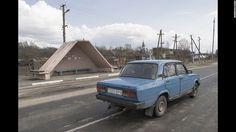❤ =^..^= ❤  Shklov, Ukraine.  Simple but effective.