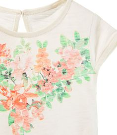 Image 3 of PRINTED T-SHIRT WITH RUFFLES from Zara