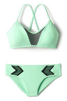 Luli Fama's For Your Eyes Only Convertible Strap Top mint green bikini swimsuit The Bikini, Bikini Tops, Green Bikini, Sexy Bikini, Cute Swimsuits, Cute Bikinis, Summer Suits, Summer Wear, Crop Top Bikini