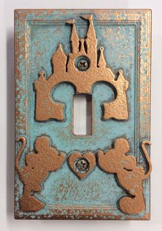 Disney Discovery Mickey & Minnie castle light switch cover is part of Disney Room Decor DIY - Confession I am addicted to Fixer Upper It's not even the farmhouse meets function aesthetic that I'm gaga over Chip and Joanna are true goals As I Disney Diy, Disney Home Decor, Disney Crafts, Disney Dream, Disney Kitchen Decor, Disney Room Decorations, Disney At Home, Disney Stuff, Disney Themed Rooms
