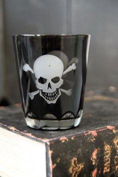 Skull & Crossbones Glass Tumbler