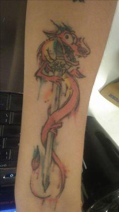 #mushu #mushutattoo #mulan #mulantattoo #tattoo #tatuagem #girltattoo #dragontattoo
