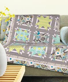 Urban Stars Quilt Kit - featuring trendy aqua and grey prints by Art Gallery Fabrics Patchwork Designs, Quilting Designs, Quilting Projects, Quilting Ideas, Modern Quilting, Sewing Projects, Quilted Gifts, Grey Quilt, Contemporary Quilts