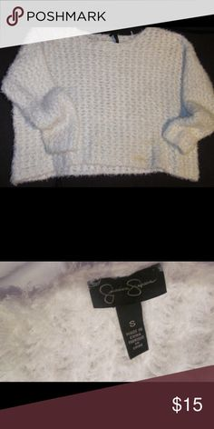 Stay warm in this comfy sweater Jessica Simpson white sweater size small Jessica Simpson Sweaters Crew & Scoop Necks
