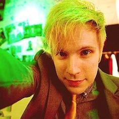 Patrick Stump// Fall Out Boy Fall Out Boy, Emo Bands, Music Bands, Patrick Stump, Patrick Martin, Peter Wentz, Save Rock And Roll, Soul Punk, Band Photos