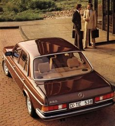Mercedes - 280 Mehr Source by thomasjorg Mercedes Benz Amg, Mercedes Auto, Mercedes G Wagon, Carros Mercedes Benz, M Benz, Benz Car, Classic Mercedes, Lux Cars, Retro Cars