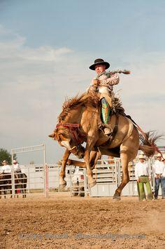 Will James Roundup, Ranch Rodeo, Ranch Bronc Riding, Cody Williams, Hardin, Montana