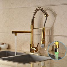 86.40$  Watch here - http://aliiya.worldwells.pw/go.php?t=32695301743 - Gold Finished Deck Mounted Kitchen Sink Faucet Single Handle LED Spout Mixer Tap with Cover Plate