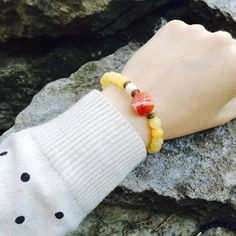 Statement bracelet Yellow jade Red carnelian freshwater by DRISAIN