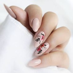 Nude floral nails black red natural - - Nude floral nails black red natural Nails for dayssss Minimalist Nails, Stylish Nails, Trendy Nails, Cute Acrylic Nails, Cute Nails, Hair And Nails, My Nails, Nagellack Design, Manicure E Pedicure