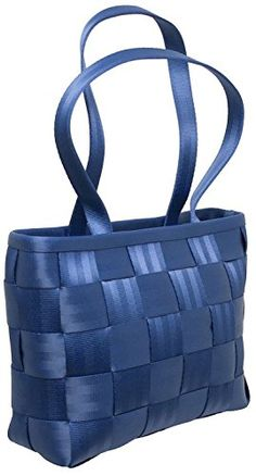 High-end vegan handbags: Harveys Large Tote Indestructible Harveys bags made from recycled seatbelts and recycled water bottles #highendveganhandbags #veganhandbagsharveys #harveysseatbeltbags #bestveganhandbags #veganhandbagcompanies #veganhandbagdesigners #veganhandbagscrueltyfree #bestgiftsvegan #vegangiftsonline