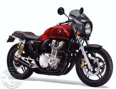 Honda CB 1100 BadSeeds http://www.cb1100.fr/honda-cb1100-badseeds-moto-heroes/